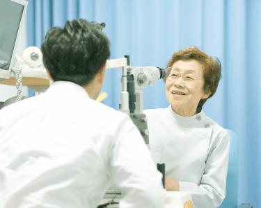 大塚眼科診察室6